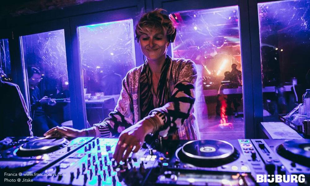 Franca, Francaplays, Franca Rehm, Electro, Techno, Artist, Producer, DJ, Cologne, Music, www.francaplays.com, electronic DJ